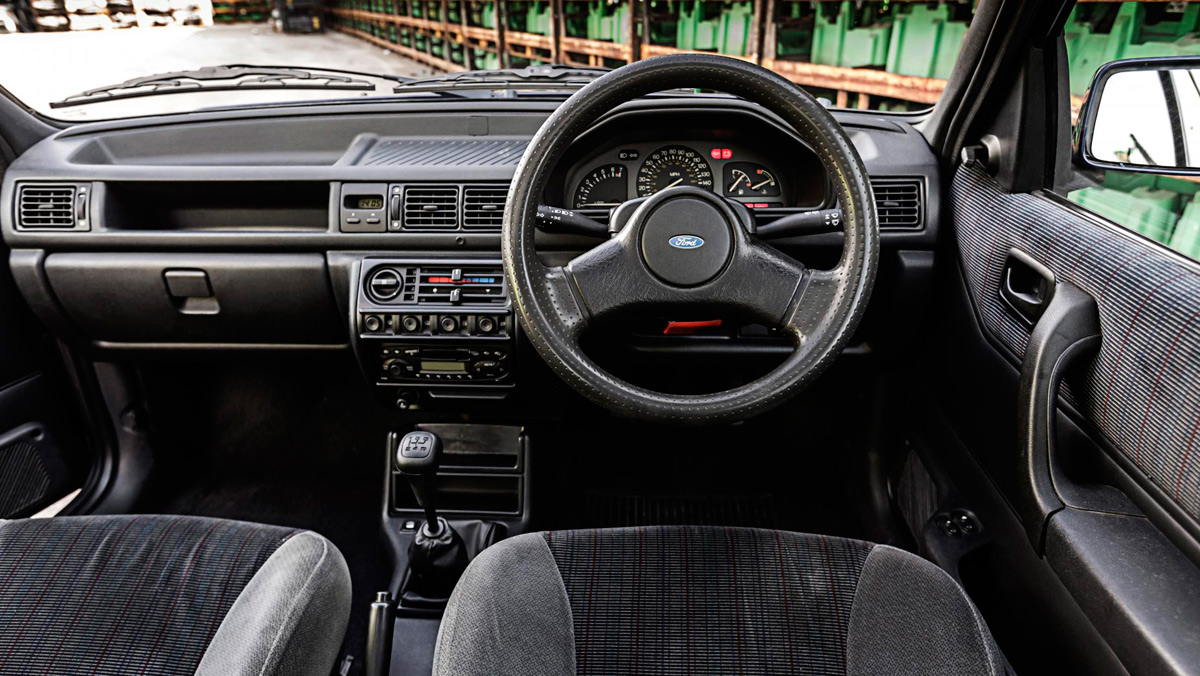 Ford Fiesta XR2i MK3, interior
