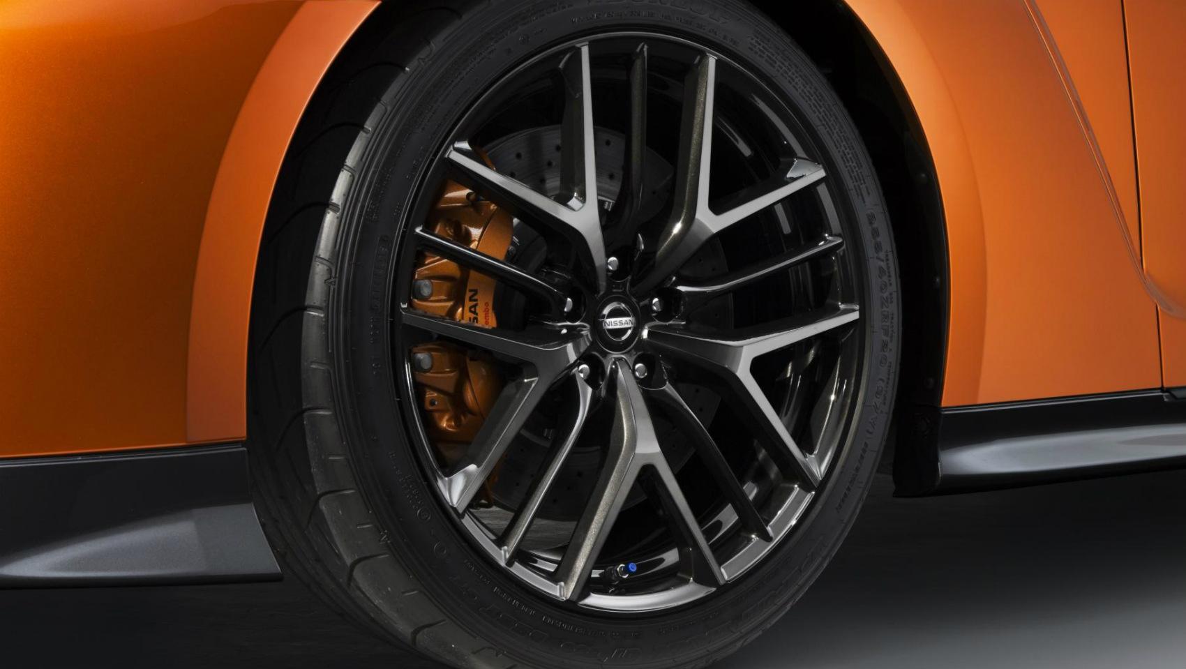 Nissan GT-R 2017 rueda