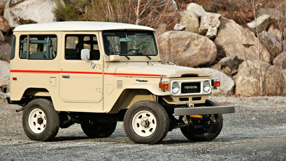 Toyota Land Cruiser FJ40.